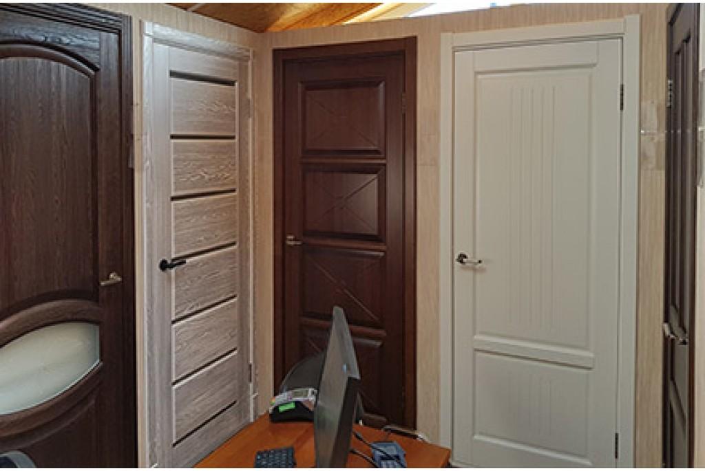 Выбор деревянных дверей